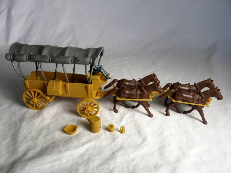 Conestoga Wagon (tan) with 2 different t ops (gray) 4 horses (brown) and driver,54mm