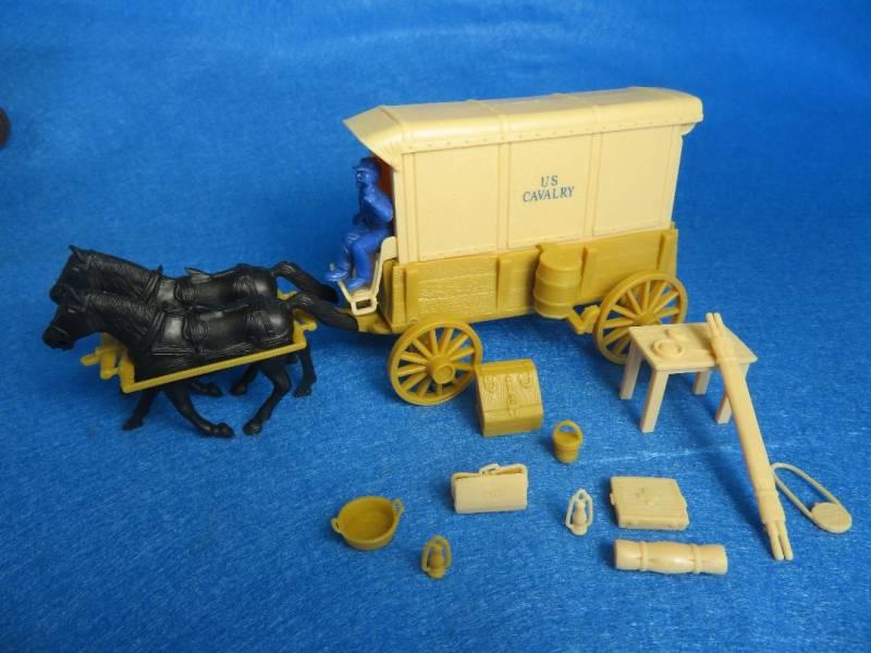 U.S. Cavalry Square Top Wagon -- body (tan) w/2 different (cream) tops and driver  <font color=#CC0000>(54mm) </FONT>