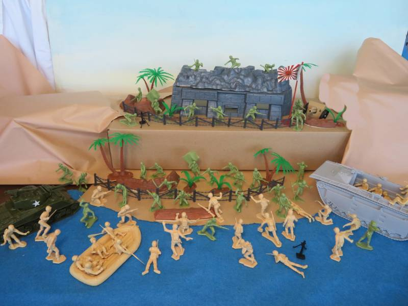 WWII Pacific Playset Special-- 100 + pieces, 54mm plastic