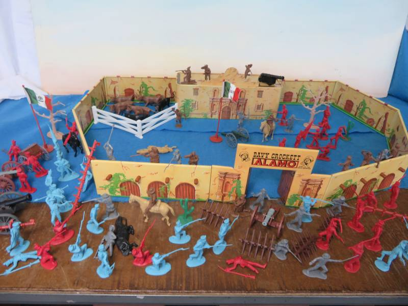 Alamo complete playset-132 pieces, 54mm, tin and plastic