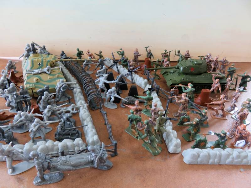 CTS971A WWII Eastern Front Playset (54MM)