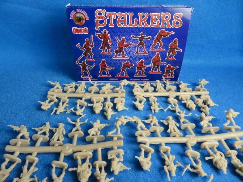 Dark Alliance, Stalkers (72039) 1:72 scale (25mm)