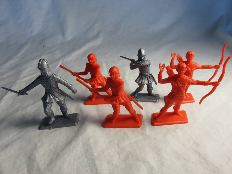 DUL112A Robin Hood's & Knights (60MM) 6 in 4 poses
