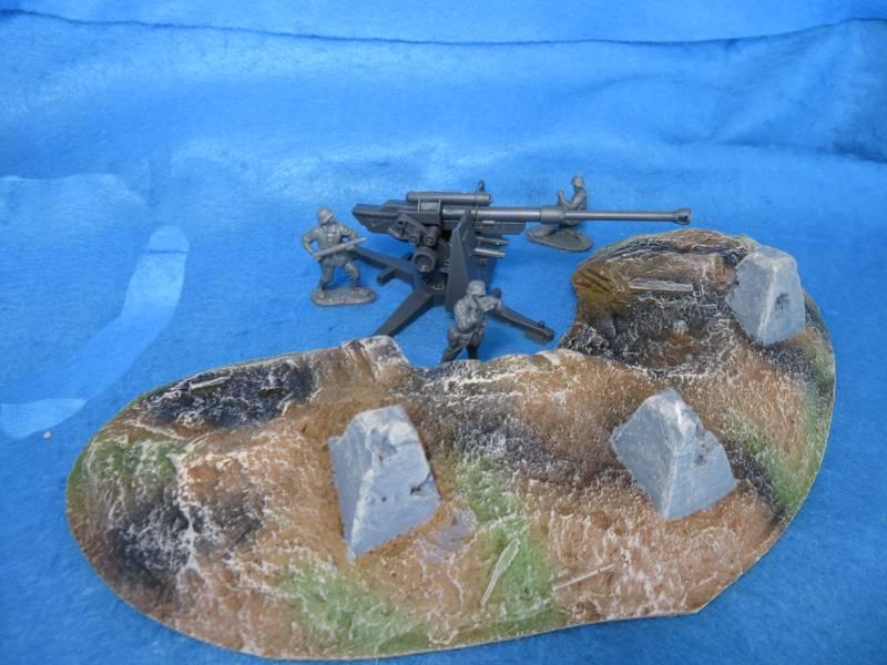 WWI + WWII Anti-tank Dragons Teeth w/damage15'' L x 8'' W  <FONT COLOR=#CC0000>(54mm) </FONT>
