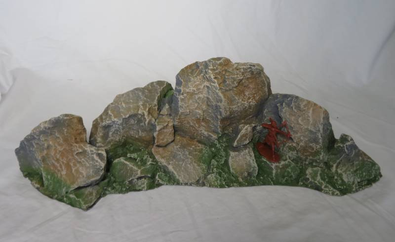 Hard Foam Curved 3 Peak Rock formation-painted, all scales