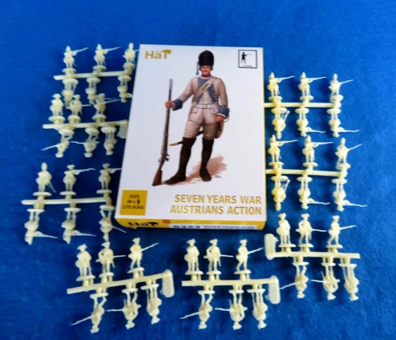 HAT8323 7 Years War AUSTRIANS Action (25MM)