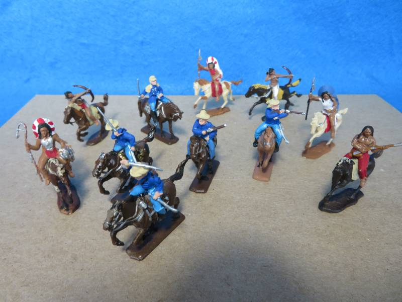 Custer's Last stand HO painted cavalry + Indians, Italeri