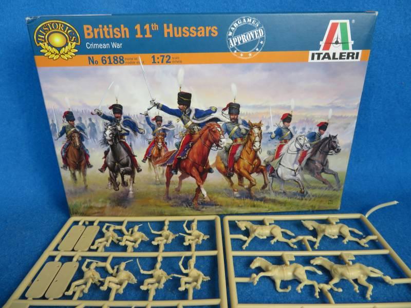 ITA6188 British 11thy Hussars Crimean War, 1/72, 12 figures, 36 pieces
