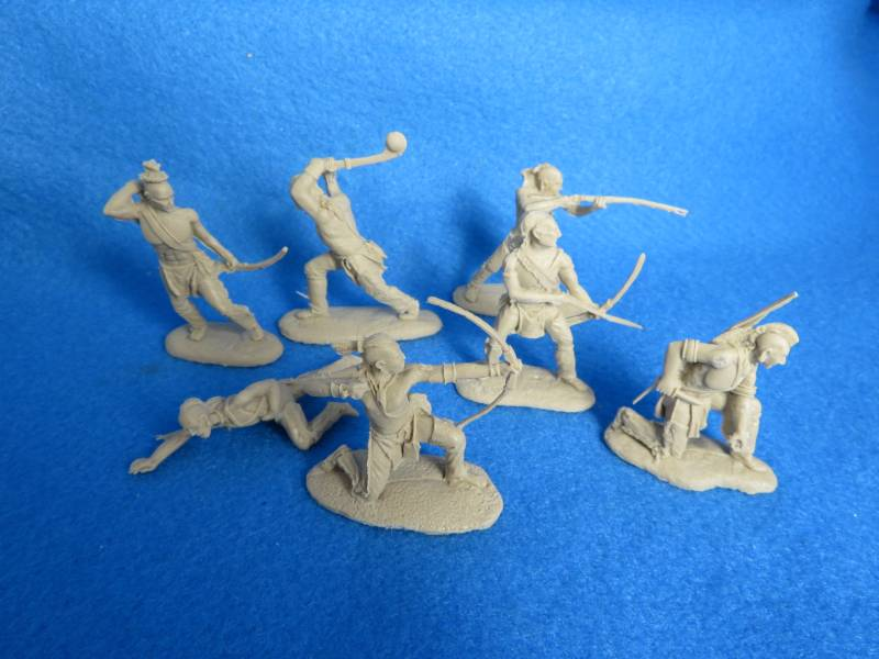 LOD/BARZSO Shawnee Indians 7 figures in 7 poses light tan