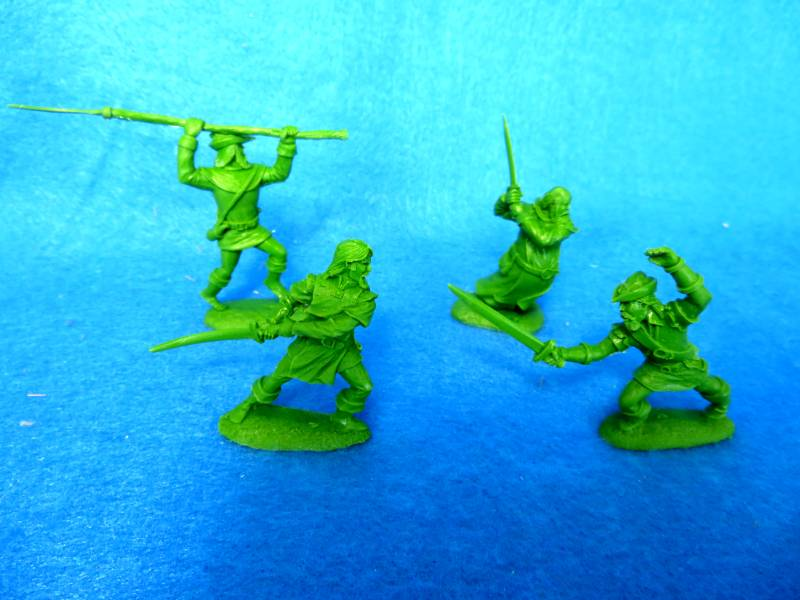 LOD048 Robin Hood character figure set, 4 in 4 poses, 54mm green