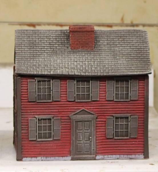 LOD Enterprises/Barzso: Lexington Green Clapboard House (Red)