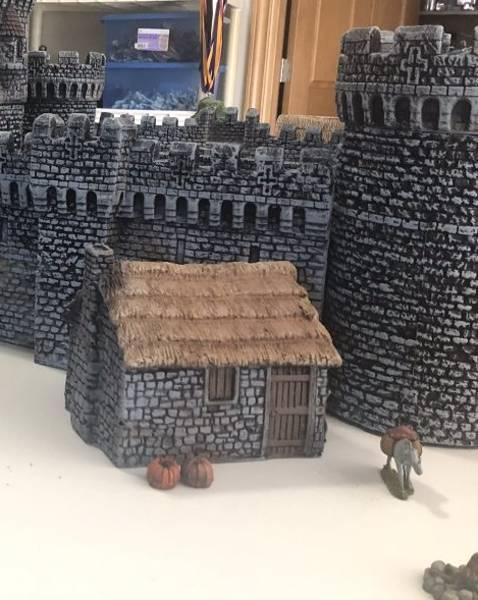 LOD Enterprises: Medieval Small Stone Cottage painted