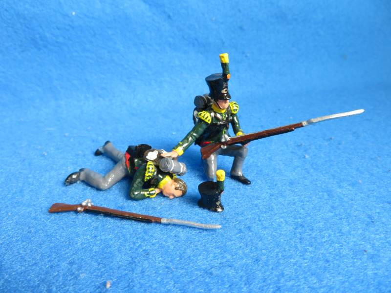 Little Legion Napoleonic soldiers, (2) shot+kneeling