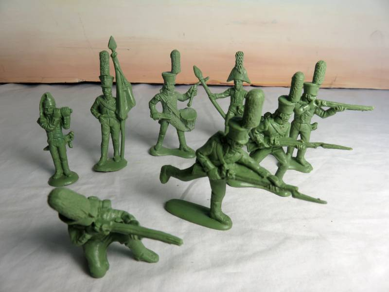 MAR111A Napoleonic Russian Heavy Infantr y (54MM) 16 in 8 Poses #32010