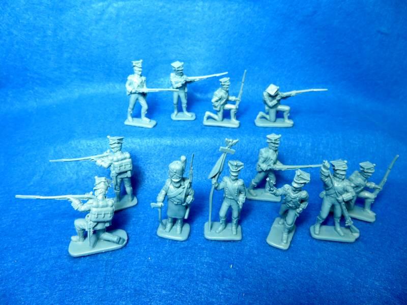 MARS #32031 Napoleonic Wars Polish Infantry, 12 figures in 8 poses, 54mm