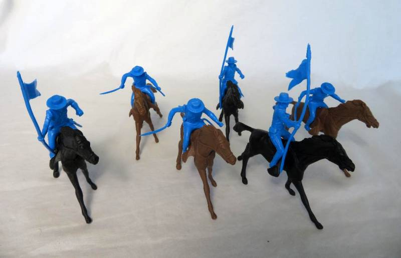 Marx Alamo Mexican cavalry,6 fig's in 2 poses + 6 horses, 54mm