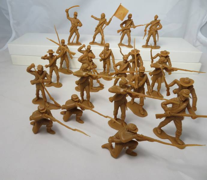 Confederate Infantry 1st issue 22 figures in 10 poses (butternut) <font color=#CC0000>(54mm) </FONT>