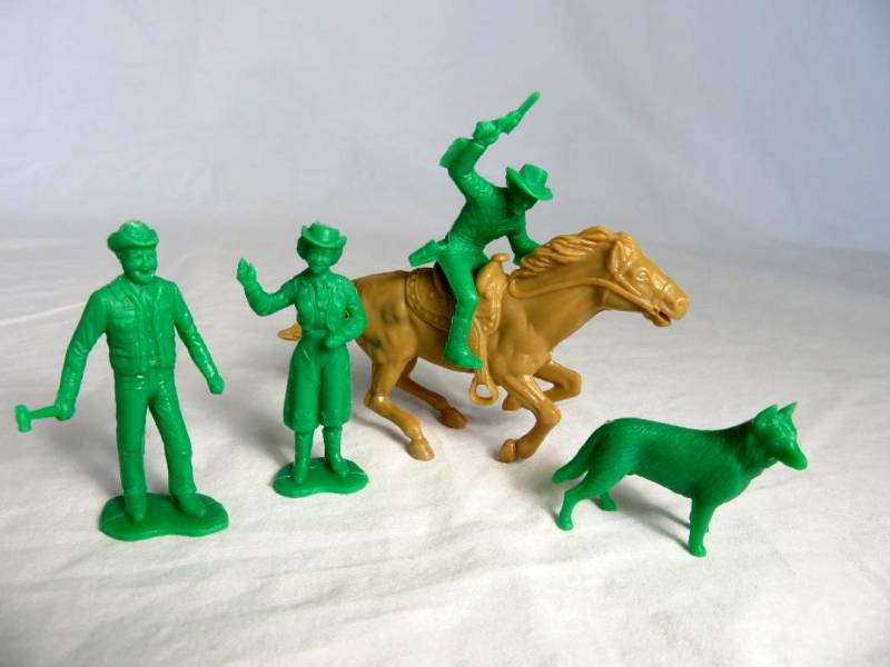 Roy Rogers set of character figures, green, by Marx (54mm)