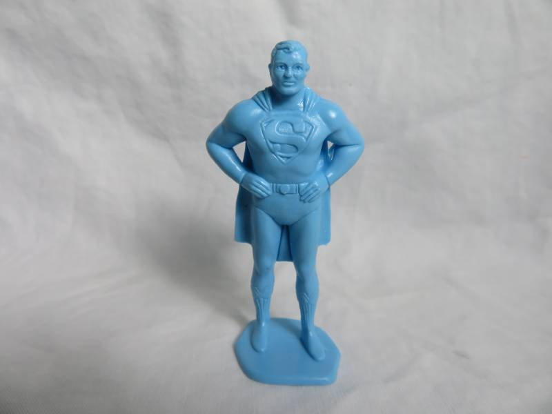 Marx Superman character figure in powder blue (60mm)