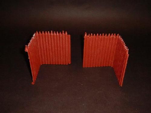 """Fort Apache  """"L"""" shaped walls x 2 (rust)  <font color=#CC0000>(54mm) </FONT>"""