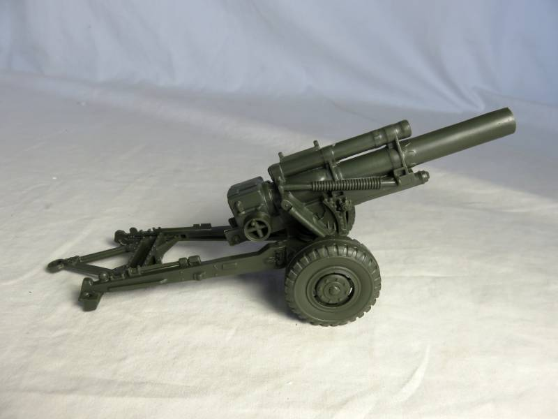 Marx re-issue WWII U.S. 155 mm howitzer, 54mm, olive drab