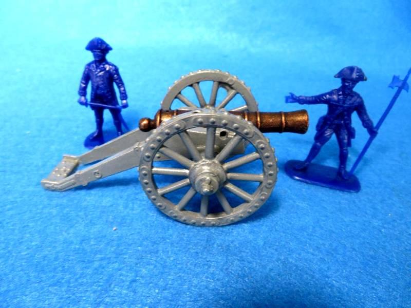 Metal702A 1775 Rev War American 6 Pounder Field Cannon (54MM)
