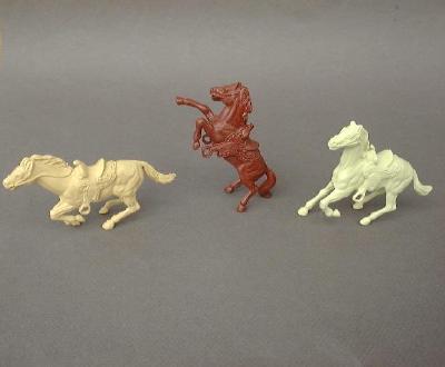 MARX Western/Mexican Horses (original) 3 horses in 3 poses (colors vary)<font color=#CC0000>(54mm) </FONT>