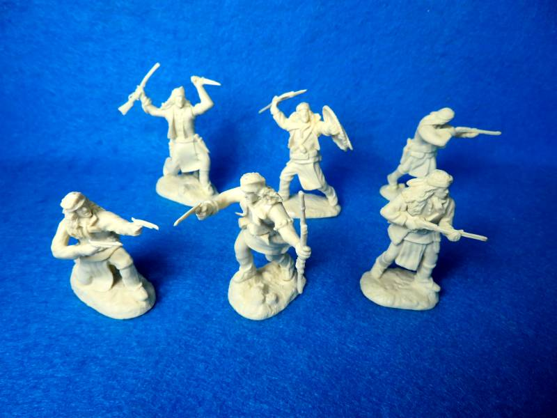 Apache Warriors afoot set #2 12 figs in 6 poses (cream) <FONT COLOR=#CC0000>(54mm) </FONT>