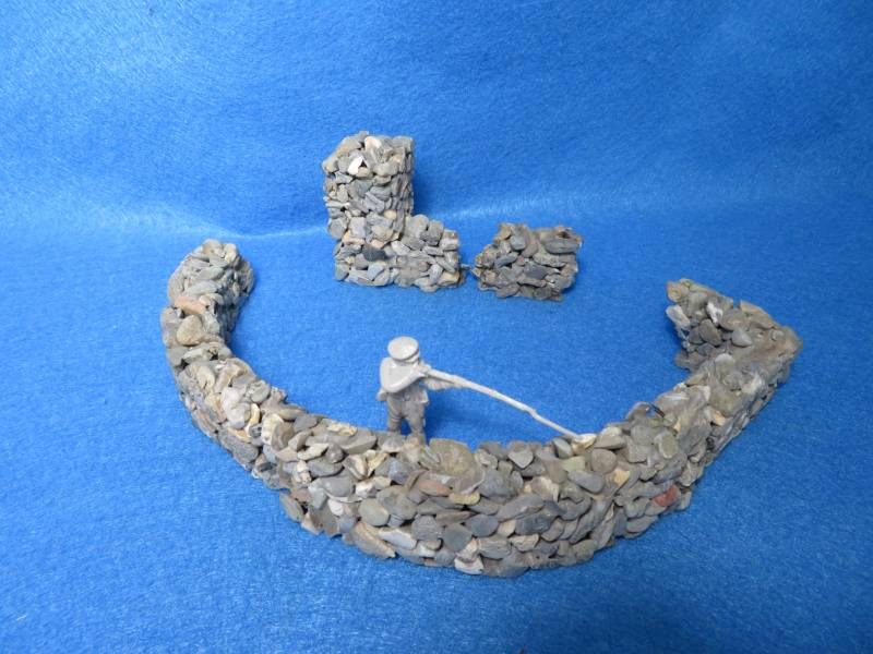 Real stone walls for 1/32nd figures, homemade