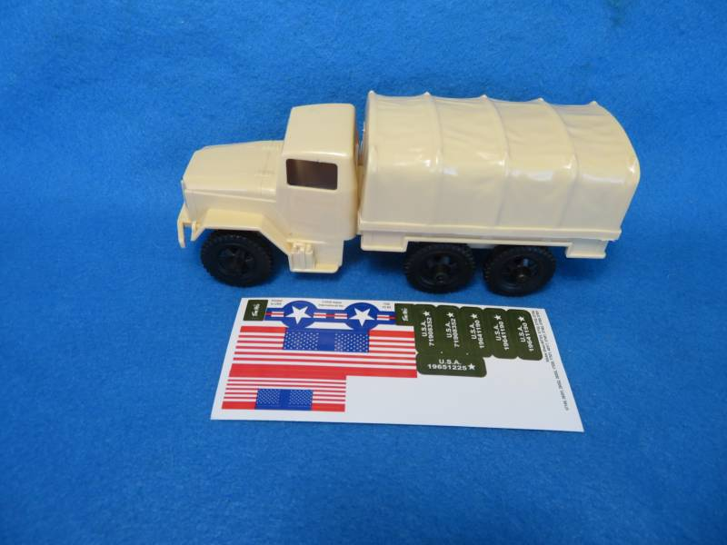 Tim Mee Toy Deuce and a Half cargo truck 1/32 scale in tan