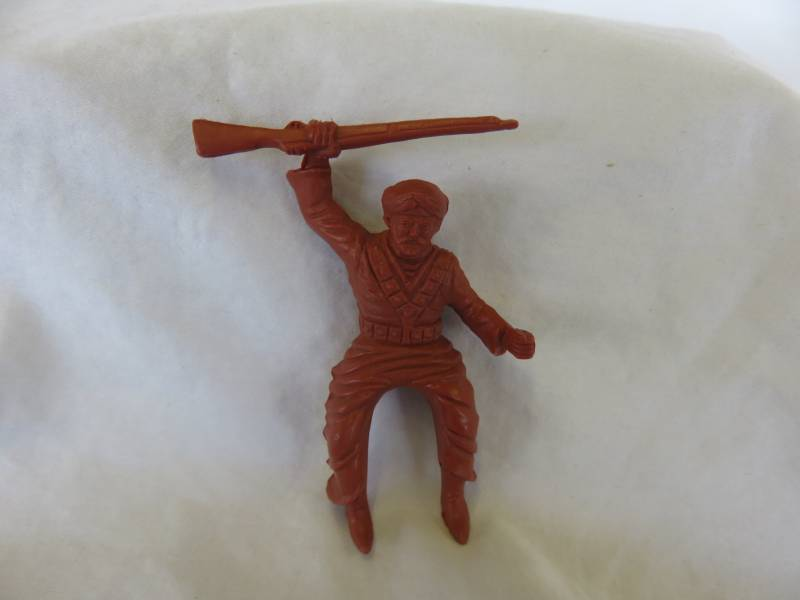 Marx original mounted Arab with rifle, 60mm, red/brown