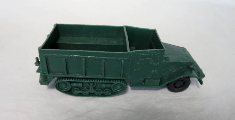 MARX American Half Track (original) (dark green)  <font color=#CC0000>(54mm) </FONT>