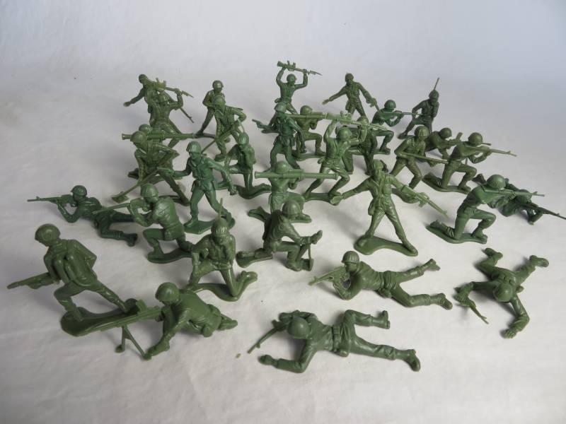 Vietnam War US Infantry w/M16 rifles 32 figures in 12 poses <FONT COLOR=#CC0000>(54mm) </FONT>